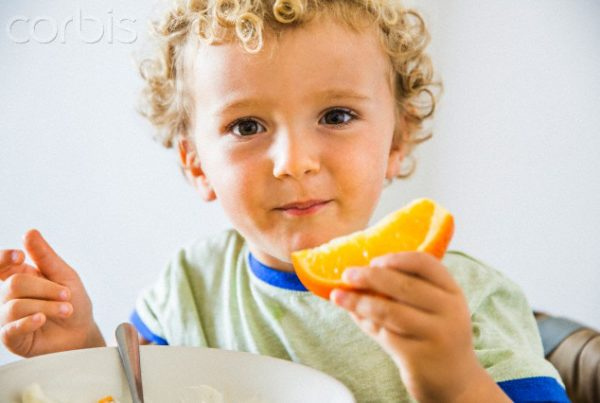 crianca-vitamina-c